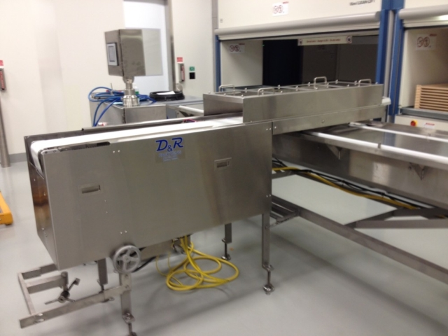 Servo Drive shuttle retracting nosebar conveyor