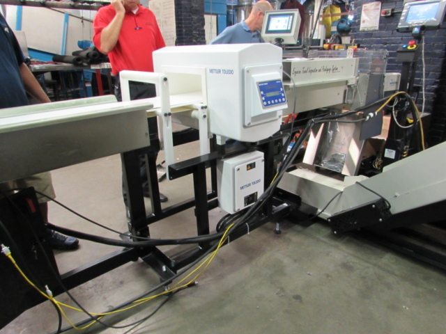 Metal Detector Integration Packaging Machine Bagger
