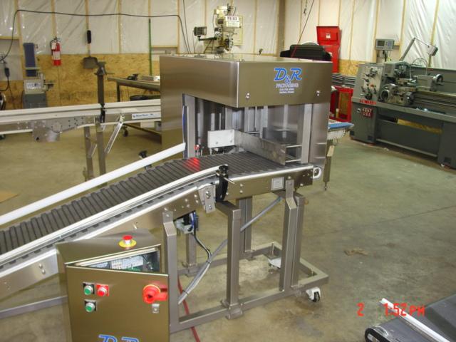 Incline Conveyor Box Pusher