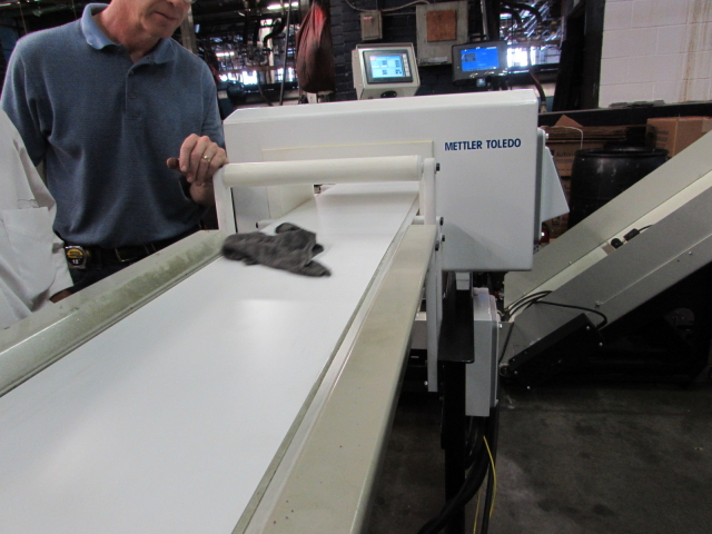 Metal Detector and Bagger Integration Packaging Machine